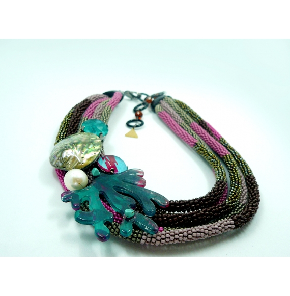 collier 5 rangs coquillage
