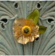 Broche fleur petale doré